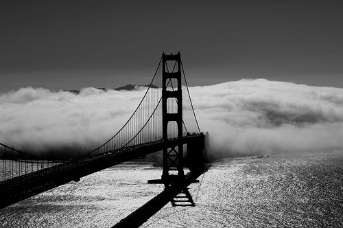 Fog-over-Golden-Gate-Bridge